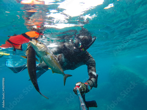 Fototapeta premium spearfishing in sea
