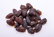 Dried Medjoul Jumbo Dates. Modjoul Is One Of The Noblest Variety Of Dates In The World, Often Called The King Of Dates