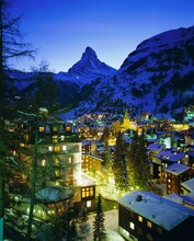 Zermatt And The Matterhorn Mountain In Winter, Zermatt, Swiss Alps, Switzerland, Europe