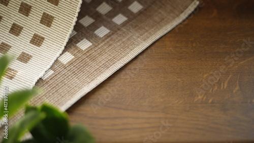 Fototapeta Stół drewniany bukowy z serwetką  obraz na płótnie