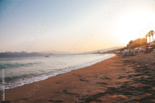 Cuadros en Lienzo sunset on the beach .  Cannes, Cote d'Azur