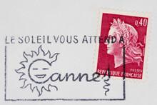 Briefmarke Stamp Gestempelt Used Frankiert Cancel Vintage Retro Post Letter Mail Brief Frankreich France French Sonne Sunshine Sun Slogan Werbung Le Soleil Vous Attend A Cannes Rot Red Frau Woman Kopf
