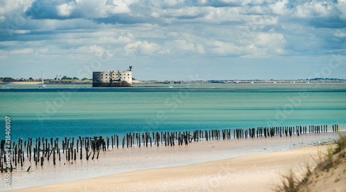 Fotografie, Obraz Fort Boyard in the Oleron Island during summer with turquoise ocean and scenic c