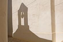 Schattenwurf Eines Kleinen Glockenturms, Chora, Insel Naxos, Kykladen, Griechenland