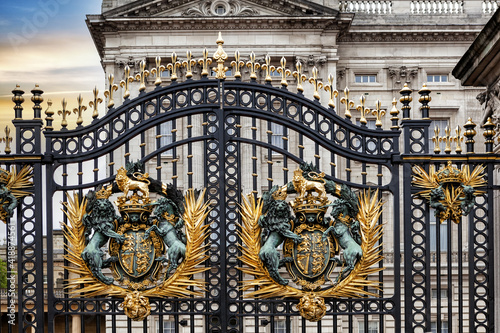 Canvas Print The Buckingham Palace gate