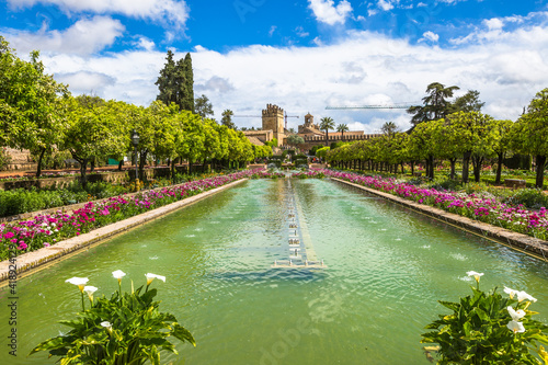 Obraz Cordoba, Andalusia, Spain - April 20, 2016: The popular gardens of Alcazar de los Reyes Cristianos in Cordoba, Andalusia, Spain. - fototapety do salonu