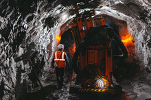 Gold Mining Tunnel Equipment Bore Drilling Mine