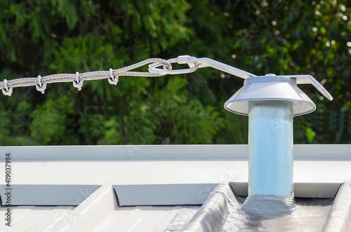 Fototapeta premium Linea vita per il tetto
