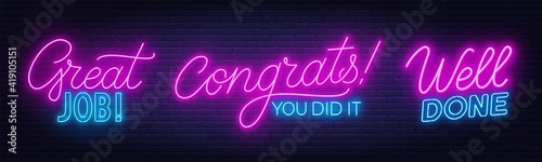 Fotografia Well done, Great Job, Congrats you did it neon quotes on a brick wall background