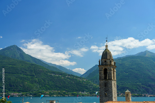 Slika na platnu The lake of Como (Lario) at Vignola, Italy: belfry