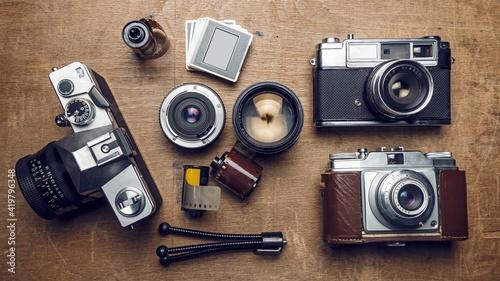 Obraz old camera and cassette - fototapety do salonu