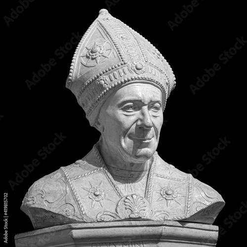 Marble statue of bishop SLeonardo Salutati isolated on black background, was a R Fototapete