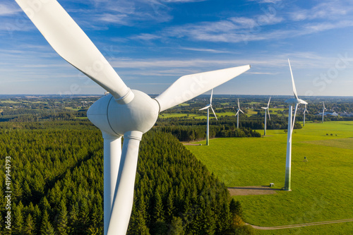 Fototapeta wind turbines in a field obraz