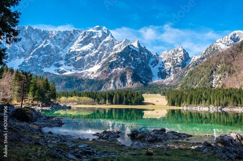 Fototapety, obrazy: Spring morning at the alpine lake