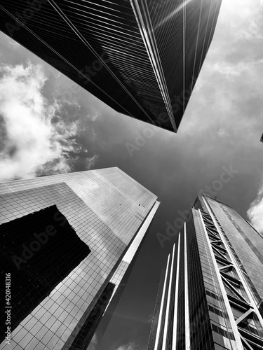 Nueva York. Edificios en Nueva York blanco y negro.