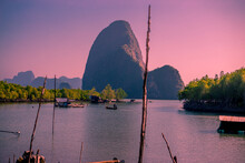 Panoramic Nature Background (mountains, Sea, Trees, Twilight Lights In The Sky, Waterfront Communities), Naturally Blurred Through The Wind, Seen On Tourist Spots Or Scenic Spots