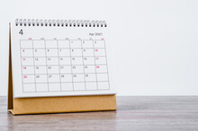 April Calendar 2021.