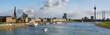Leinwandbild Motiv Blick auf Düsseldorf am Rhein