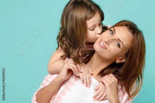 Fototapeta Happy woman in pink clothes have fun with child baby girl 5-6 years old Mommy li