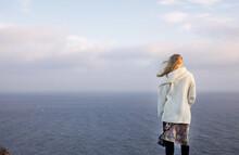 Jenna And The Sea