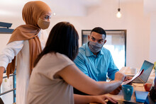 Team Work Sharing Ideas In Office