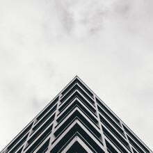 Triangle Monochrome Symmetry