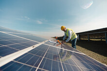 Engineer In The Solar Energy Field