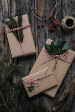 Rustic Christmas Gifts Wrapping