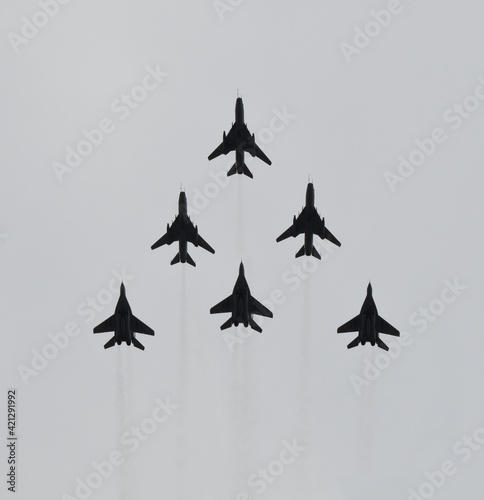 Fototapeta Flying 6 fighters on airshow obraz