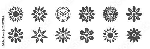 Obraz na plátně Blumen Logos Vektor - Natur / Blumen / Yoga / Energie / Kraft / Gesundheit