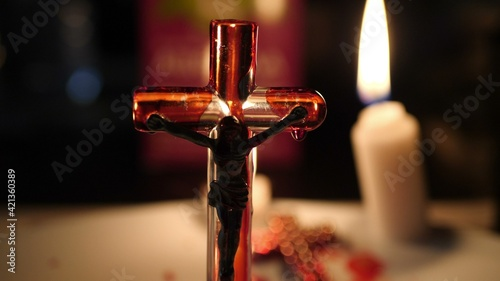 Close up of cross of jesus and blood Fototapet