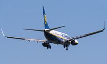 B737 Von Ryanair Im Landeanflug Für Die RW11 In Wien.