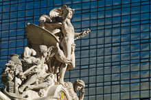 USA, New York City, Sculpture On Top Of Grand Central Station Facade