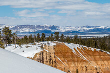 Looking Out Over A Wintery View Of Bryce Canyon In Utah, From Inspiration Point