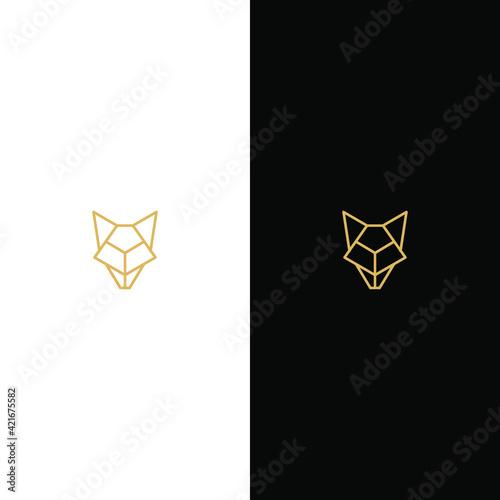 Fotografia Elegant stylized wolf head logo. A great brand for companies