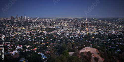 Photo Panoramic shot of the Los Angeles city, California from the Griffith Observatory