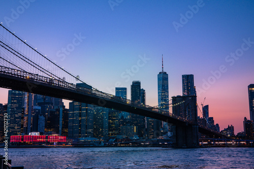 Fototapety, obrazy: Bridge Over River By Buildings Against Sky In City