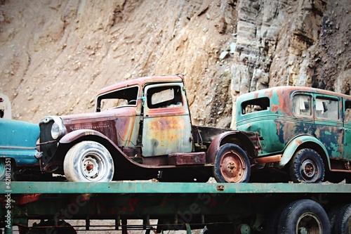 Obraz Just A Truck - fototapety do salonu