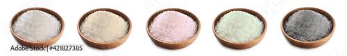 Fototapeta Bowl with salt on white background obraz