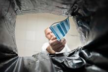 Throwing Medical Corona Virus Face Mask