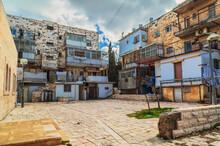 Old House In Mea Shearim Quarter  In Jerusalem.