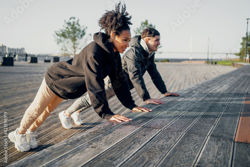 Photo Cardio training sports young people