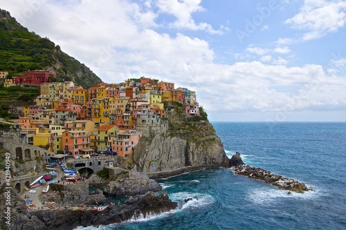 Fototapety, obrazy: Cinque Terre By Sea Against Cloudy Sky