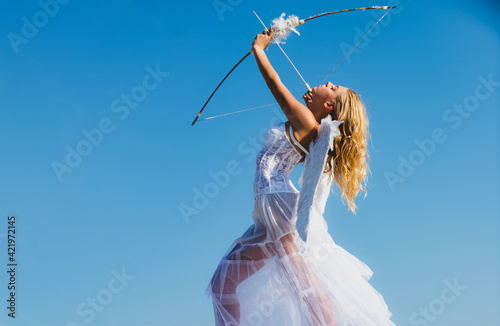 Fotografiet Angel Valentine woman with bow and arrow