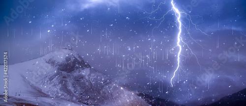 Fototapeta strom in mountain at night obraz