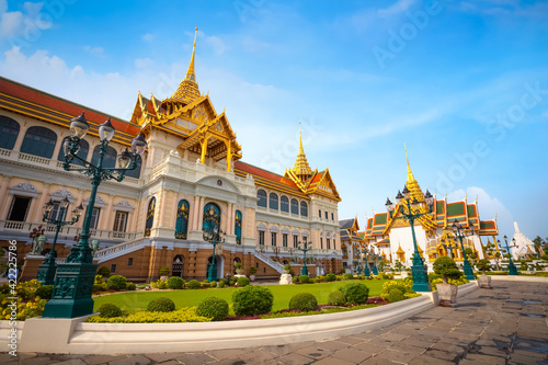 The Grand Palace of Thailand in bangkok, built in 1782, made up of numerous buil Fotobehang