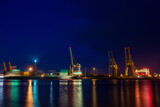 Świnoujście nocą, latarnia morska