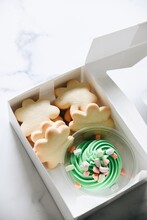 St. Patrick's Day Cookies With Frosting Shamrock