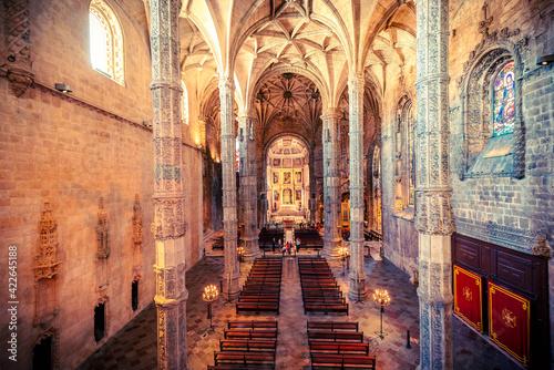 Monasterio de estilo manuelino de los Jeronimos   en Lisboa Portugal Fotobehang