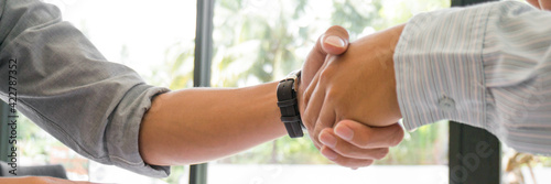 Fotografie, Tablou Businessman shaking hands successful candidate at interview